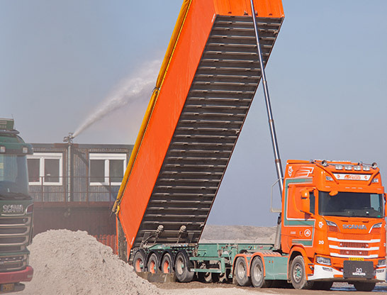 Mining Truck and Heavy Vehicle Wash with Unifire Robotic Nozzles